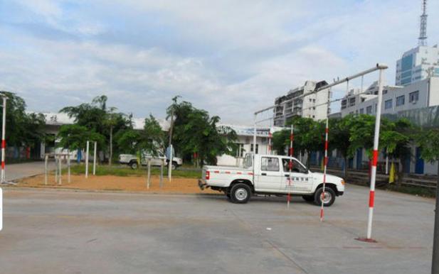 海口交通技工驾校